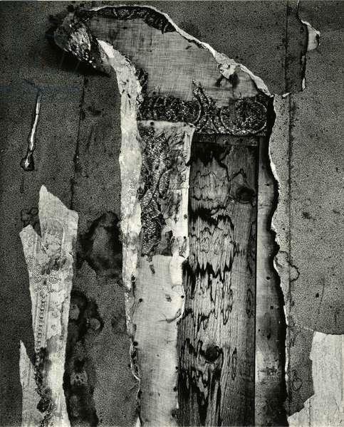 Peeled Paper, Oregon, 1971 (silver gelatin print)