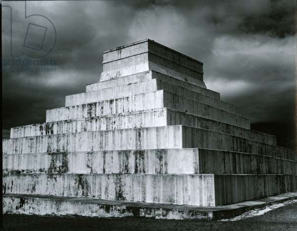 Temple, Building, Mexico, c. 1965 (silver gelatin print)