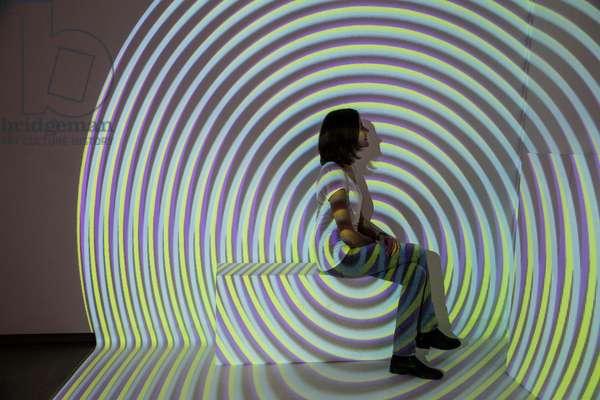 Interférences Chromatiques spatiales, 1974-2008 (video projection)