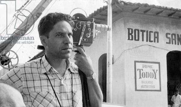 Carlos Cruz-Diez with his camera, San Francisco de Yare, Miranda State, Venezuela, 1952 (photo)