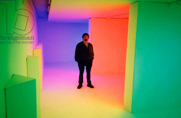 Carlos Cruz-Diez in a Cromosaturación, 1999 (chromatic environment composed of fluorescent tubes with red, green and blue coloured filters)