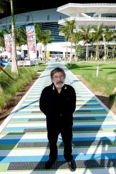 Carlos Cruz-Diez on his walkway of Induction Chromatique à double fréquence, 2011-2012 (briare mosaics)