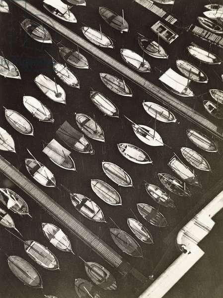 Boats, Marseille, 1927 (gelatin silver print)