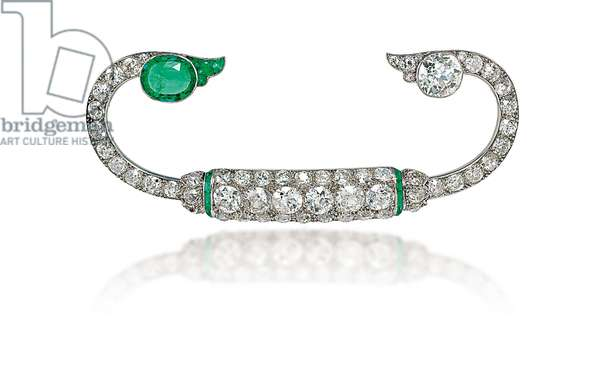 Brooch, c.1920 (diamonds, emeralds & platinum)