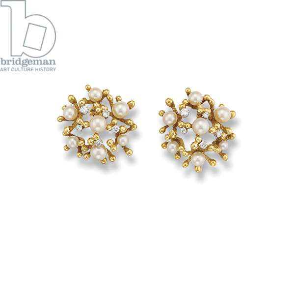 Pair of ear clips, 1972 (cultured pearls, diamonds & gold) (see also 1774743)