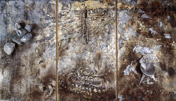 Untitled, 1980-86 (emulsion, oil, acrylic, shellac, charcoal, straw, stone and wire)