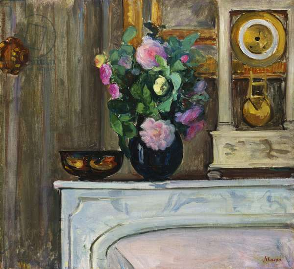 Bouquet of Flowers on the Fireplace, 1920 (oil on canvas)
