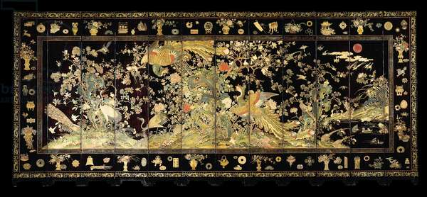 Twelve panel screen with phoenixes, late 18th century (lacquer)