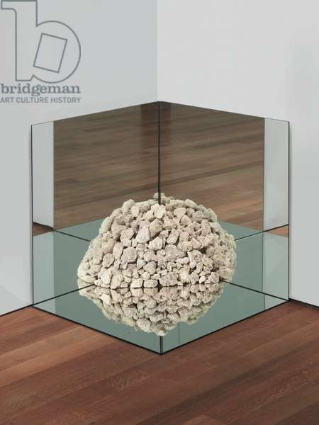 Nonsite Petrified Coral with Mirrors, 1971 (petrified coral limestone, mirrors)