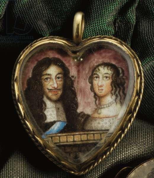Heart-shaped Charles II Memorial Pendant (gold & enamel)