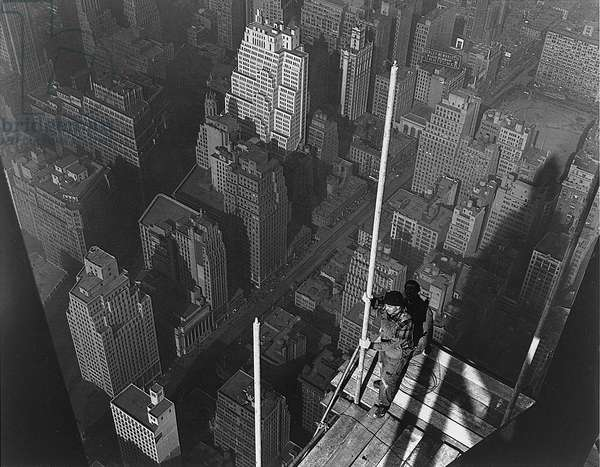 Raising the Mast, The Empire State Building, 1939 (gelatin silver print)