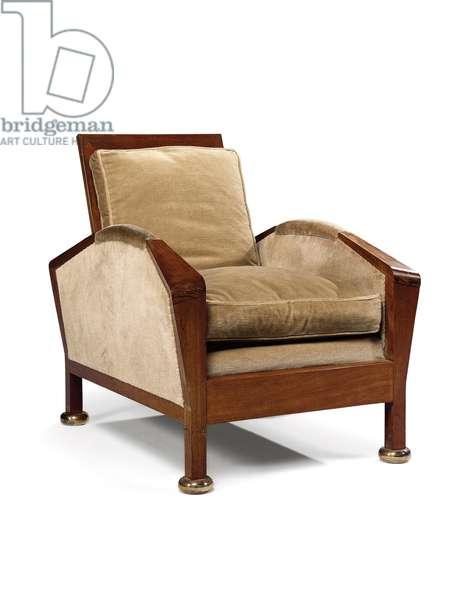 MF220 Armchair, c.1922 (amaranth & velvet)