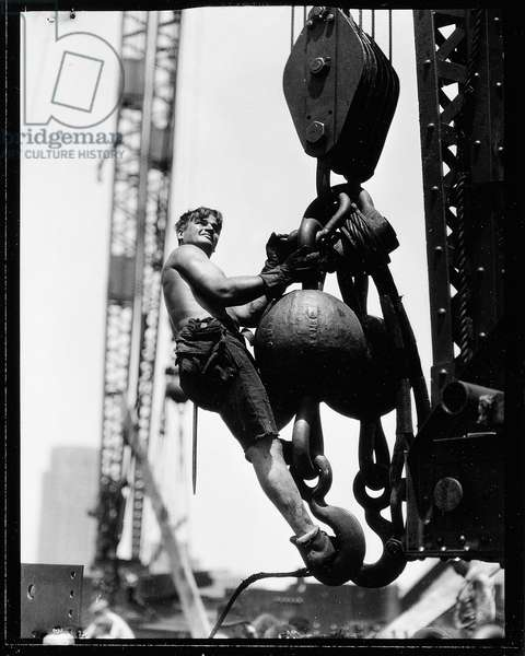 On the Hoist, The Empire State Building, 1931 (gelatin silver print)