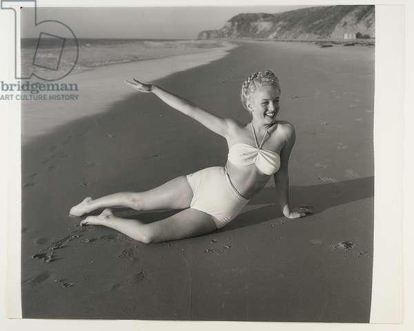 Marilyn at the Beach, c.1945 (b/w photo)