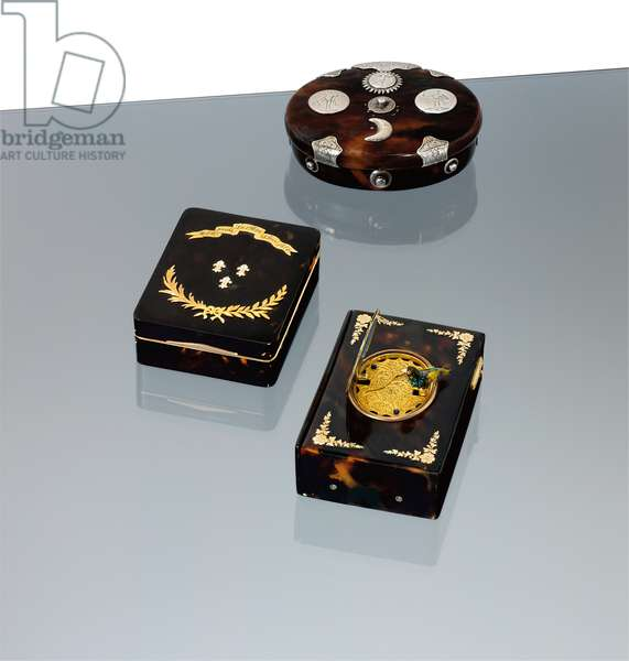 Collection of snuff boxes (enamel, gold & tortoiseshell)