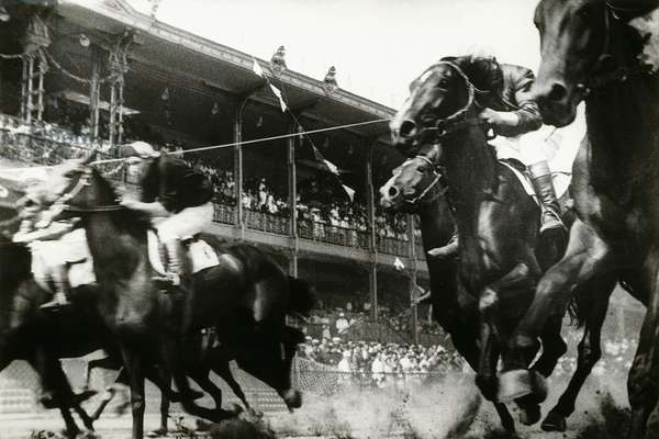 Horse Race, 1935, 1935 (untrimmed gelatin silver print)