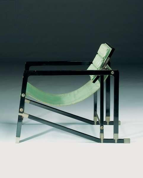 'Transat' armchair, c.1925-26 (black lacquer, chromed steel & leather)