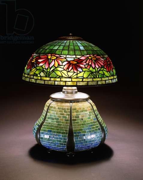 A 'Poinsettia' leaded glass table lamp, c. 1902-1932 (leaded glass, mosaic, bronze)