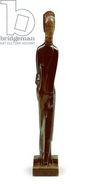 Walking female figure, 1925 (pear wood)