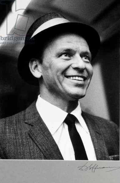 Frank Sinatra (b/w photo)