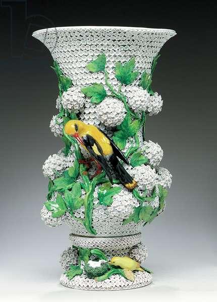 Meissen Schneeballen vase, mid to late 19th century (porcelain)