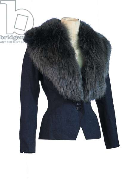 Tailored jacket with a deep collar owned by Marilyn Monroe (wool & fox fur)