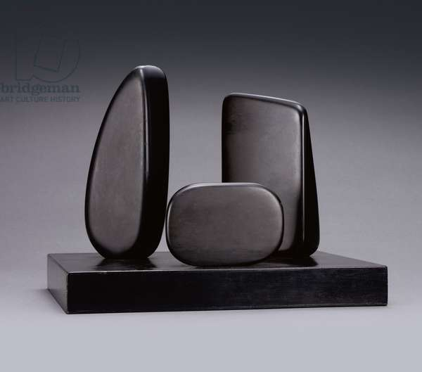 Three Forms (Zennor Carn), 1965 (carved slate on black-painted wooden base)