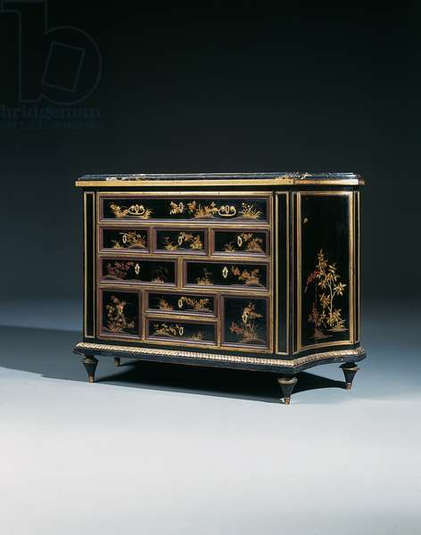 A Louis XVI ormolu-mounted Japanese black & gold lacquer commode (lacguer & ormolu)