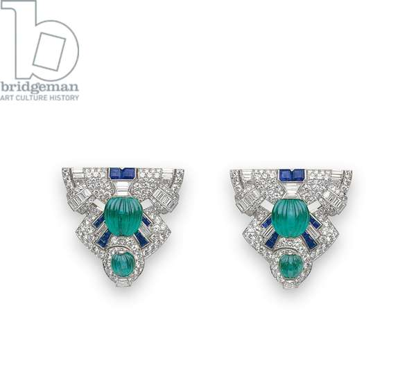 Pair of Art Deco dress clips, c.1925 (diamonds, emeralds, sapphires & platinum)