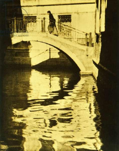 The White Bridge, Venice, 1905 (platinum and gum print)