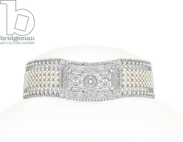 A Belle Epoque chocker necklace of foliate design, Black, Starr & Frost, c.1905 (pearl, diamond & platinum)