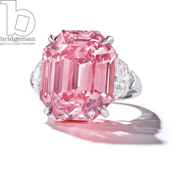 The Pink Legacy (diamond set in platinum)