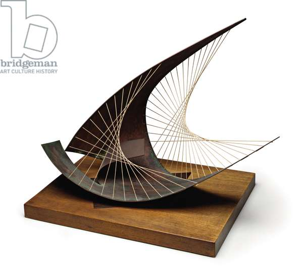Stringed Figure (Curlew) (Version I), 1956 (brass and string with original wooden base)