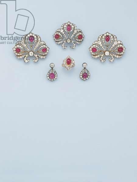 Important suite of jewellery, c.1850 (rubies, diamonds & gold)