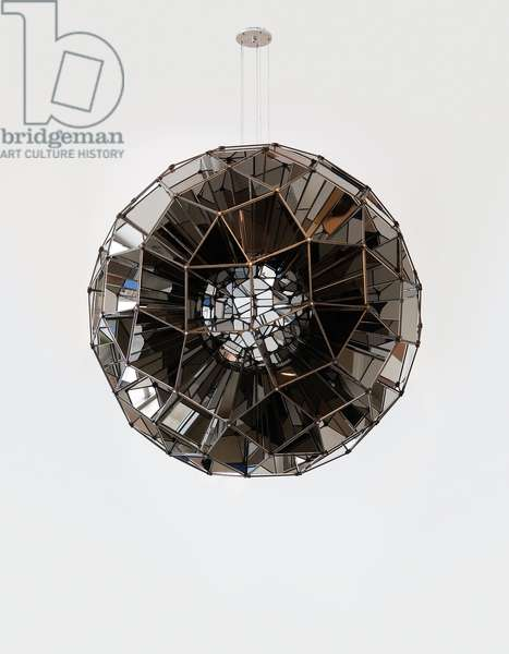 Square Sphere, 2007 (stainless steel mirrors, bronzed brass)