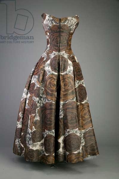 Evening dress, 1953 (back view), Silk taffeta, Christian Dior, Paris