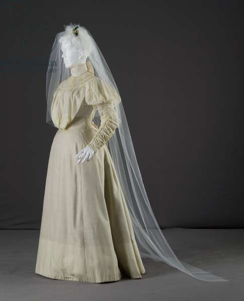 Wedding dress, 1897 (front oblique view, with veil), Silk crepe, satin, Sarah Nugent, bride's sister