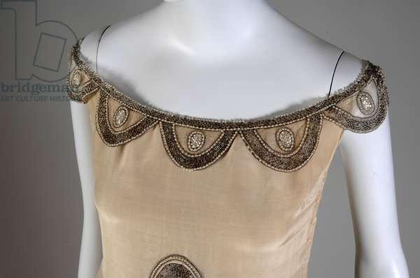 Robe de Style, 1927 (view of bust detail), Silk moiré, glass beads, pearls, metallic thread, Jeanne Lanvin, France
