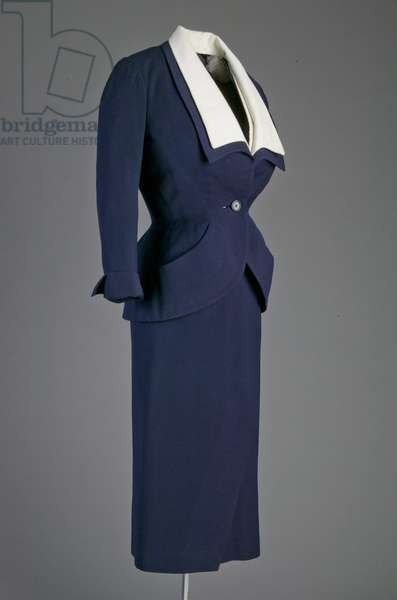 Ensemble, 1951 (side oblique view), Wool crepe, Christian Dior-New York, New York