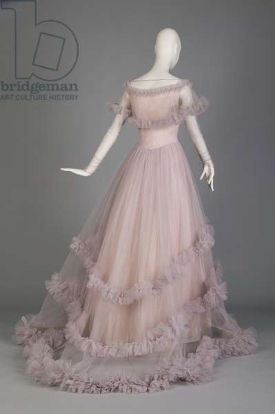 Wedding gown, ca.1955 (back oblique view), Silk tulle, taffeta, Marhsall Field & Co., Chicago