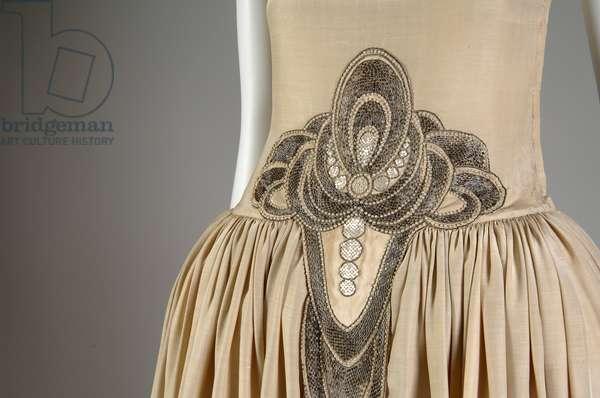 Robe de Style, 1927 (partial view at waist), Silk moiré, glass beads, pearls, metallic thread, Jeanne Lanvin, France
