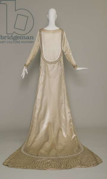 Lesbos wedding dress, 1925 (back view), Silk satin, pearls, glass beads, metallic thread, Jeanne Lanvin, Paris
