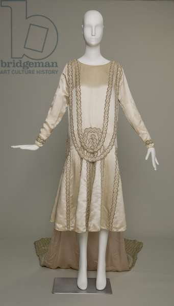 Lesbos wedding dress, 1925 (front view), Silk satin, pearls, glass beads, metallic thread, Jeanne Lanvin, Paris