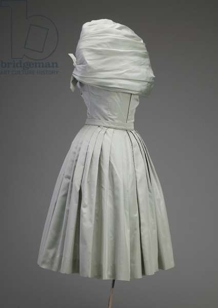 Cocktail dress, ca.1955 (side view), Silk taffeta, Christian Dior, Paris