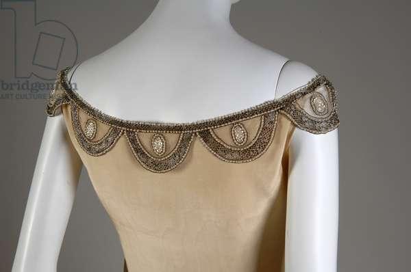Robe de Style, 1927 (back oblique, partial view of neckline), Silk moiré, glass beads, pearls, metallic thread, Jeanne Lanvin, France
