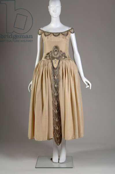 Robe de Style, 1927 (front view), Silk moiré, glass beads, pearls, metallic thread, Jeanne Lanvin, France