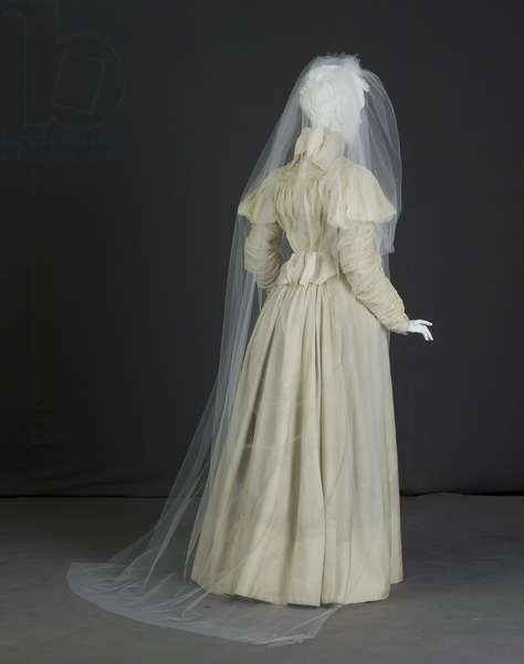 Wedding dress, 1897 (back oblique view, with veil), Silk crepe, satin, Sarah Nugent, bride's sister
