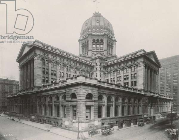 View of the Chicago Federal Building, 1906 (b/w photo)