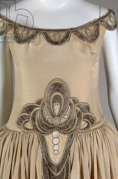 Robe de Style, 1927 (partial view of front), Silk moiré, glass beads, pearls, metallic thread, Jeanne Lanvin, France