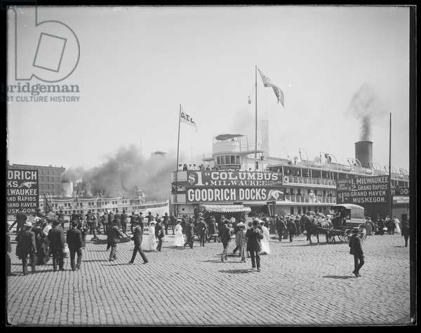 Passenger ship Christopher Columbus docked at the Goodrich Docks, Chicago, Illinois, USA, c.1905 (b/w photo)